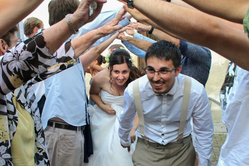 Danse de folie des mariés